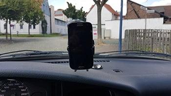 Wicked Chili KFZ Handyhalterung im Einsatz