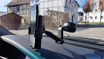 Aukey Handyhalterung HD-C46 im Einsatz
